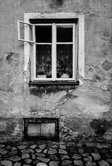 Window (Antti Tassberg) Tags: 950 bw blackandwhite building ikkuna iphoneography lumia lumia950 lumia950xl microsoft monochrome pureview rakennus tabor travel window xl tábor southbohemianregion czechrepublic