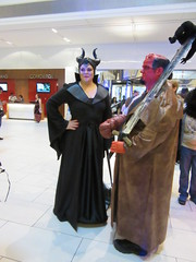 IMG_1245 (Olotie) Tags: dragoncon dragoncon2016 maleficent hellboy