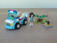 LEGO 41086 LEGO FRIENDS Vet Ambulance (Totobricks) Tags: friends lego vet emma ambulance howto instructions hedgehog build minifigures vetambulance legofriends totobricks lego41086