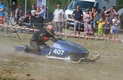 drag026 (minitmoog) Tags: dragrace grass dragracing sleds snowmobiles skoter veteran vintage lycksele
