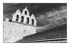 on the roof (alamond) Tags: roof bw france church monochrome stone canon bell 7d l plates usm provence ef f4 1740 mkii markii saintesmariesdelamer brane threemarys llens alamond camrgue zalar meediterranean