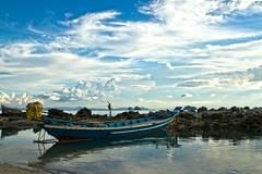 TALING NGAM     Koh Samui, Thailand (ernesto teruya) Tags: boat kohsamui thailand beach fishingboat