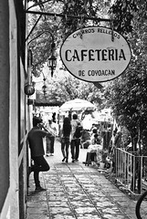 Cafeteria COYOACAN (L Urquiza) Tags: coyoacan street mexico city ciudad cdmx bw monocrome cafe urban