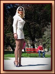Parco della stazione (World fetishist: stockings, garters and high heels) Tags: sandal sandale sandali sandalo highheels heels highheel tacchiaspillo tacchi taccoaspillo trasparenze tacco bas pumpsrace stiletto stilettoabsatze stilettos calze calzereggicalzetacchiaspillo corset calzereggicalze corsetto costrizione reggicalze reggicalzetacchiaspillo rilievi straps suspenders strumpfe stocking stockings strmpfe stockingsuspendershighheelscalze strapse stockingsuspenders stumpfe stockingsstrapse gupire