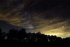 Voie lacte et le Scorpion, Mars et Saturne dans les nuages (Olivier 38) Tags: nighstcape paysagedenuit landscape night nuit astronomie astrophotography astronomy sky ciel stars toiles