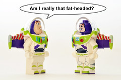 Old VS New Buzz (Oky - Space Ranger) Tags: lego disney minifigures toy story buzz lightyear new versus old big fat head