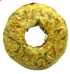 Early medieval spindle whorl 1 (Welcome to The PAST) Tags: gold hammered roman brooch medieval celtic viking flint saxon scraper neolithic ironage fibula romanobritish metaldetecting stater corieltauvi knapped samianware metaldetectingfinds romanmedieval tangedandbarbed