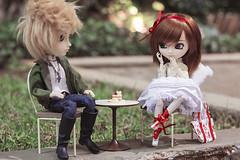 Cloud ♥ Akemi (Brie G.) Tags: pullip souseiseki pullipsouseiseki taeyang tae arion taeyangarion dolls couple love obitsu junplanning rement korilakkuma sanx cake mymelody sanrio