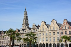 Facades on the Grand Place of Arras (France 2016) (paularps) Tags: france history memorial europa europe frankrijk battlefield greatwar worldwar1 geschiedenis oorlog herdenking mmorial arps guerremondiale cwgc battleofthesomme slagveld oorlogsgraven paularps grandguerre 19162016 labatailledusomme