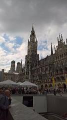 Munich (heytampa) Tags: munich germany frauenkirche church newcityhall newtownhall townhall tower clocktower neuesrathaus
