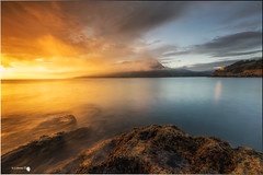 Luz (Caramad) Tags: mar landscape cerredo monte marcantbrico light agua longexposure luz amanecer wate marina cantabria sunrise wave sea seascape rocks rocas espaa olas