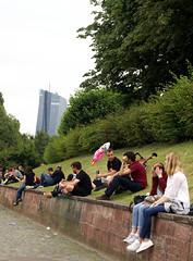 Frankfurt, Sachsenhuser Ufer und EZB (HEN-Magonza) Tags: frankfurt hessen hesse germany sachsenhuferufer ezbtower ecbtower hochhaus highrisebuilding