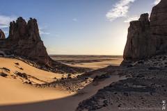Blinded by the light (alamond) Tags: algeria desert sahara tamanrasset tassiliduhoggar canon 40d tamron brane zalar alamond