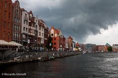 Danzica (Riccardo Ghinelli) Tags: danzica polonia casa nuvola temporale porto port house water pier