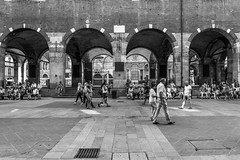 Tourism (Luca Vegetti Photography) Tags: tourism milan milano city architecture architectureporn arch blackandwhite street people