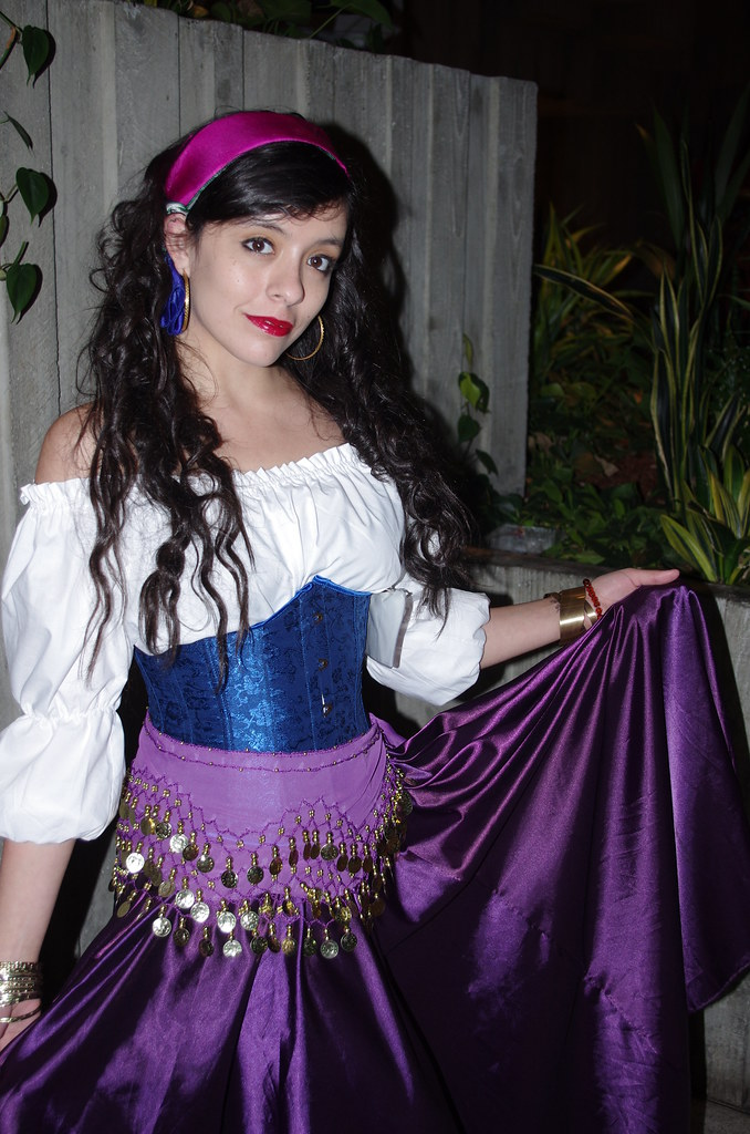 Esmeralda sexy costume