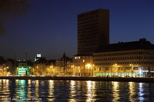 La Meuse et la tour administrative