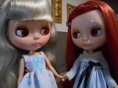 New friends! Aglae met Artemisa (Blythe's Wardrobe) Tags: doll blythe prairie tbl takara posie blytheclothing prairieposie blytheswardrobe