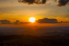 Lionking Sunset (matheusbfotos) Tags: sunset pordosol moon mountain moonrise belohorizonte montanha montanhas luacheia ibirit lionkingsunset