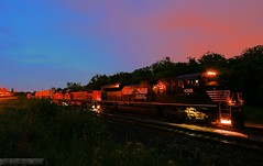 Thoroughbred Transcon Twilight (Jeff Carlson_82) Tags: nightphotography railroad sky night train twilight ns ks railway kansas bluehour shawnee railfan bnsf norfolksouthern zarah emd burlingtonnorthernsantafe sd70ace transcon