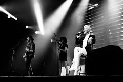 Roxette @ HMH Amsterdam 2015-3 (stonechambermedia) Tags: show bw white black amsterdam marie canon concert tour live per roxette hmh gessle fredriksson