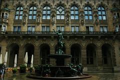 IMG_7999_ (olga.pinchuk) Tags: hamburg rathaus fountain cityhall innenhof