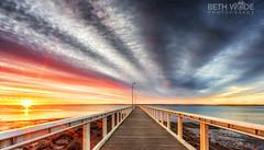 Little Rays of Sunshine (Beth Wode Photography) Tags: sunrays sunshine raysofsunshine sunrise dawn morning wellingtonpoint jetty pier redlands wellingtonptjetty beth wode bethwode