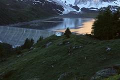 Salenfe 6h du matin (bulbocode909) Tags: valais suisse salenfe chapelles lacs barrages montagnes nature neige arbres