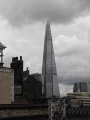 Old and New (thezaremypics) Tags: london buildings tallbuildings toweroflondon 2016 june2016 cityoflondon