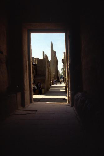 "Ägypten 1999 (305) Karnak-Tempel: Obelisk der Hatschepsut • <a style=""font-size:0.8em;"" href=""http://www.flickr.com/photos/69570948@N04/28521330140/"" target=""_blank"">View on Flickr</a>"