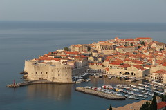 Dubrovnik - Croatia (Been Around) Tags: img2522 croatia cro kroatien europe eu europa expressyourselfaward europeanunion concordians travellers thisphotorocks travel eos eos600d canoneos canon dslr holiday 2016 view panorama terrace roomsrai oldtown dubrovnik ragusa dalmatien dalmatia