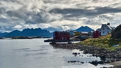 Nyksund (PacotePacote) Tags: nyksund vesterlen langya islas noruega norway norge nubes nuboso mar ocano pueblo vesteralen