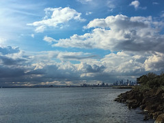 Melbourne Skyline (Marian Pollock (Weiler)) Tags: australia victoria melbourne brighton beach clouds sunset portphillipbay ocean water stormbrewing coastline