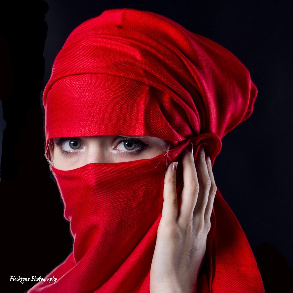 hijab blonde