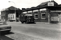 Norco Pickles Factory, Bolton Road, Pendlebury on the 12th May 1980 (kersalflats) Tags: road new white black history manchester pub inn factory market bolton pickles local 1980 1980s salford norco swinton pendlebury