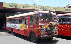 Beautifully Decorated Sangli Depot Bus on his Birthday (gouravshinde94) Tags: msrtc bus sangli