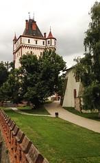 Zmek Hradec nad Moravic (Luciatta) Tags: castle watchtower iphone5c