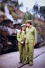 Farwell at the station (Frhtau) Tags: china man woman station farwell abschied photo shooting scene plattform steam locomotive dampflok szene girl culture revolution carry village  peoples republic  market sichuan province schun shng c hina people countryside foggy weather scenic landscape gebirge berge personen outdoor