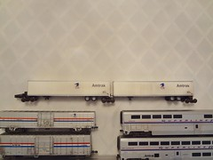 SUPERLINER AMTRAK (Larry the Lens) Tags: passengert superliner amtrak 420 walthers athearn hoscale weathered detailked kd