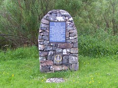 General Hugh Mackay Memorial, Scourie, North West Sutherland, June 2015 (allanmaciver) Tags: general hugh mackay scourie memorial cairn north west sutherland 1640 1692 steinkirk battle scowry branch scots brigade holland clan society 2000