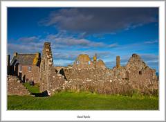 Dunottar Castle Ruins (flatfoot471) Tags: autumn castle landscape coast scotland ruins aberdeenshire northsea derelict dunottar