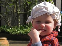 Hat-kerchief (johan van moorhem) Tags: day sunny handkerchief finn protection beernem