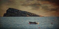 (200/16) La isla de Benidorm (Pablo Arias) Tags: pabloarias espaa spain hdr photomatix nx2 photoshop nubes texturas cielo isla benidorm mar agua alicante comunidadvalenciana barca