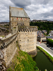 Medieval sights (Am@ndeen) Tags: castle medieval tower light douves water creneaux chateaufort moyenage middleage bretagne fougeres brittany breton tour clouds coudy nuageux lumire sunshine discover trave voyager dcouverte tourisme