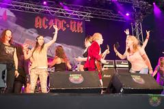 AC-DC UK-4