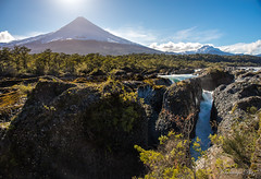 Saltos de Petrohu (StgoDiaz) Tags: chile rio river cascadas volcan saltosdepetrohue surdechile