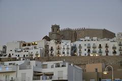 Castillo Pescola 1 (CarlosJ.R) Tags: espaa playa castillo castelln murallas pescola
