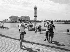 Sobre el ego (Kim Bordons) Tags: ego selfis puerto bcn torre papelera fotos afotos