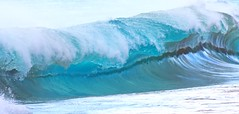 line of lip (bluewavechris) Tags: maui hawaii makena oneloa ocean water sea swell surf wave shorebreak lip barrel tube