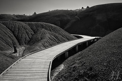 Timeless Cove (Explore) (Joshua Johnston Photography) Tags: blackandwhite nature oregon pacificnorthwest paintedhills johndayfossilbeds landscapephotography paintedcove canon6d joshuajohnston